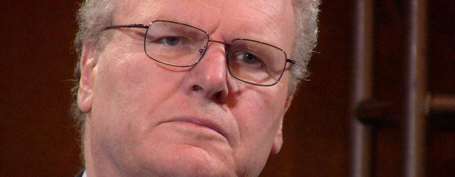 Howard Stringer, presidente de Sony, abandona la compa��a en junio