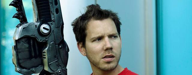 Cliff Bleszinski defiende el control de la segunda mano en Xbox One